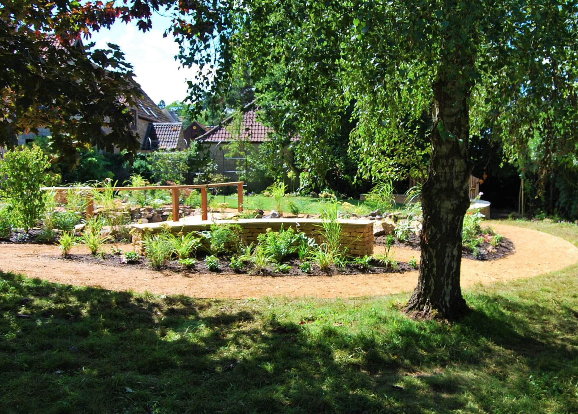"<p style=""font-family:verdana"">Ashmead garden design</p>"