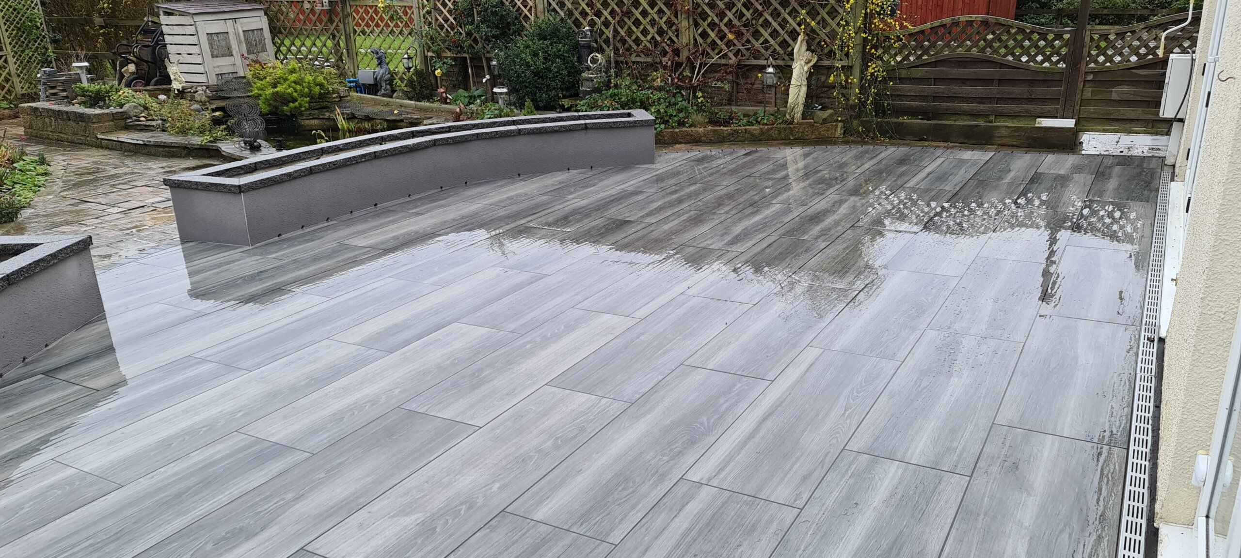 contemporary patio porcelain